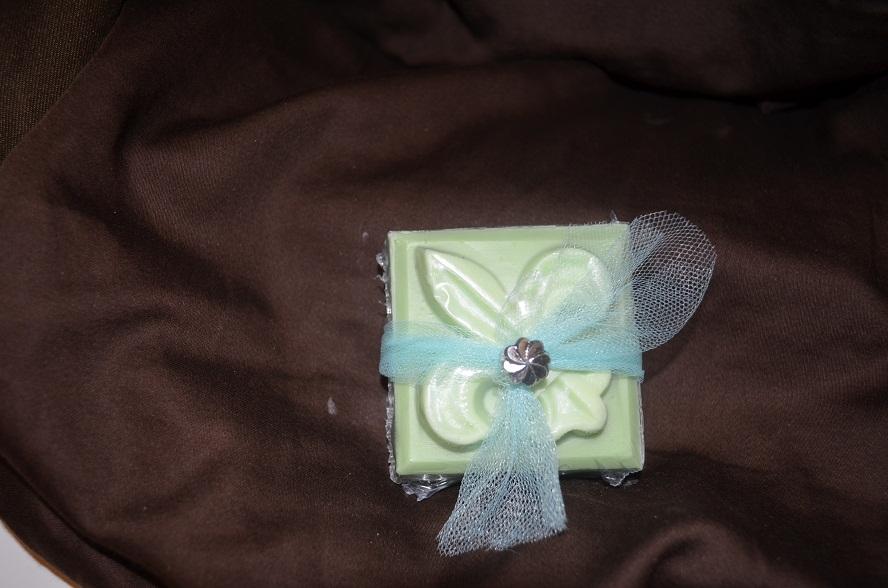 Fleur de Lis Guest Soap-